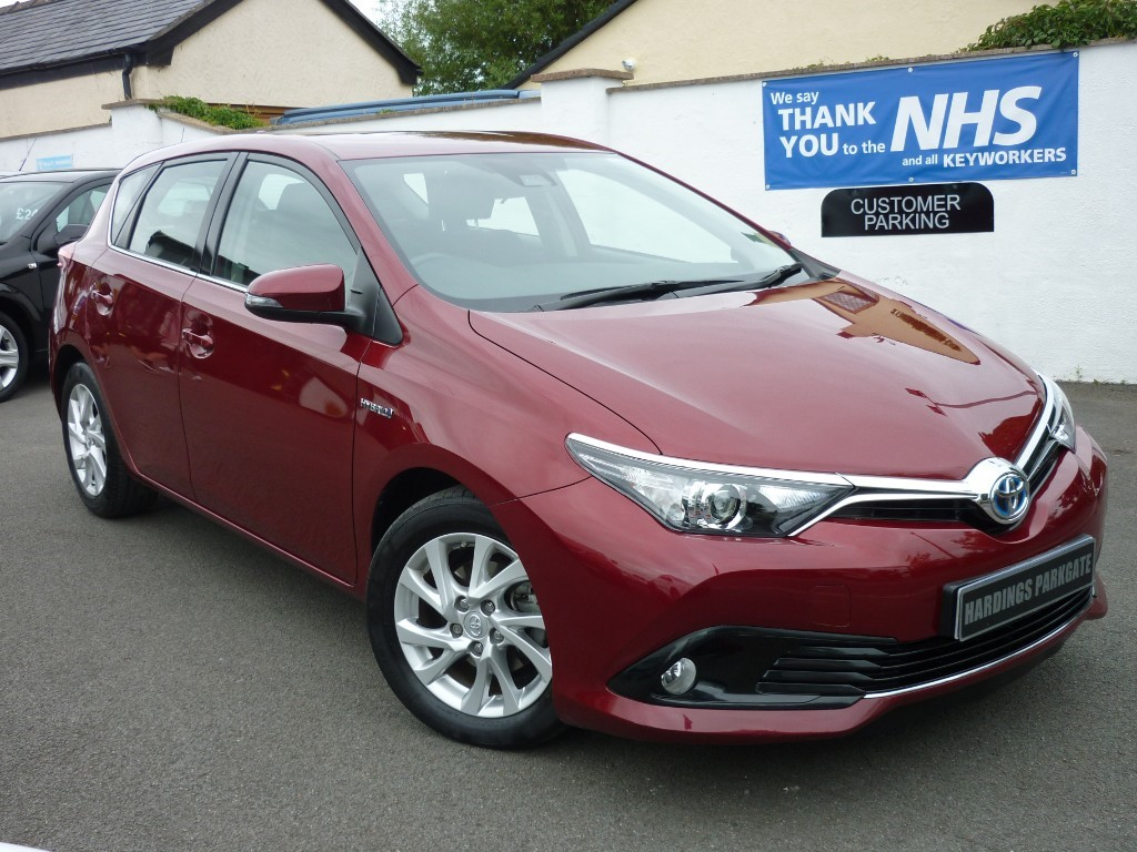 used Toyota Auris VVT-I BUSINESS EDITION TSS HYBRID AUTO [NAV] BALANCE OF TOYOTA WARRANTY used cars in wirral-cheshire