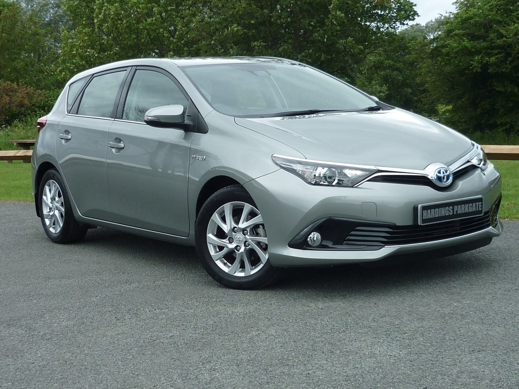 used Toyota Auris VVT-I ICON TSS AUTO in wirral-cheshire