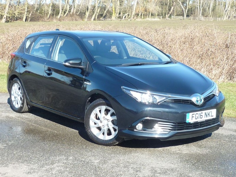 used Toyota Auris VVT-I BUSINESS EDITION HYBRID [NAV] WITH 1 YEAR FREE AA MEMBERSHIP** in wirral-cheshire