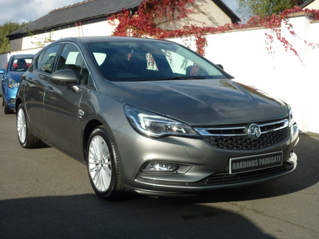 used Vauxhall Astra ELITE 1.4 TURBO 2 YEARS FREE SERVICING* used cars in wirral-cheshire