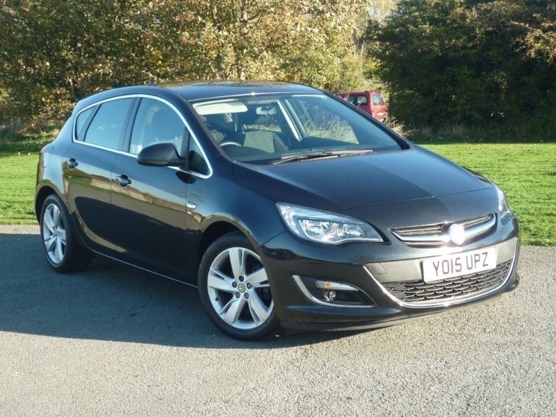 used Vauxhall Astra SRI [NAV] in wirral-cheshire
