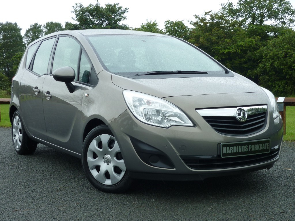used Vauxhall Meriva EXCLUSIV CDTI AUTO in wirral-cheshire