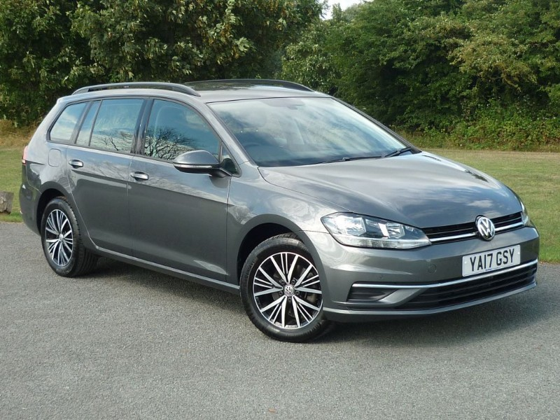 used VW Golf SE NAVIGATION TDI BLUEMOTION TECHNOLOGY in wirral-cheshire
