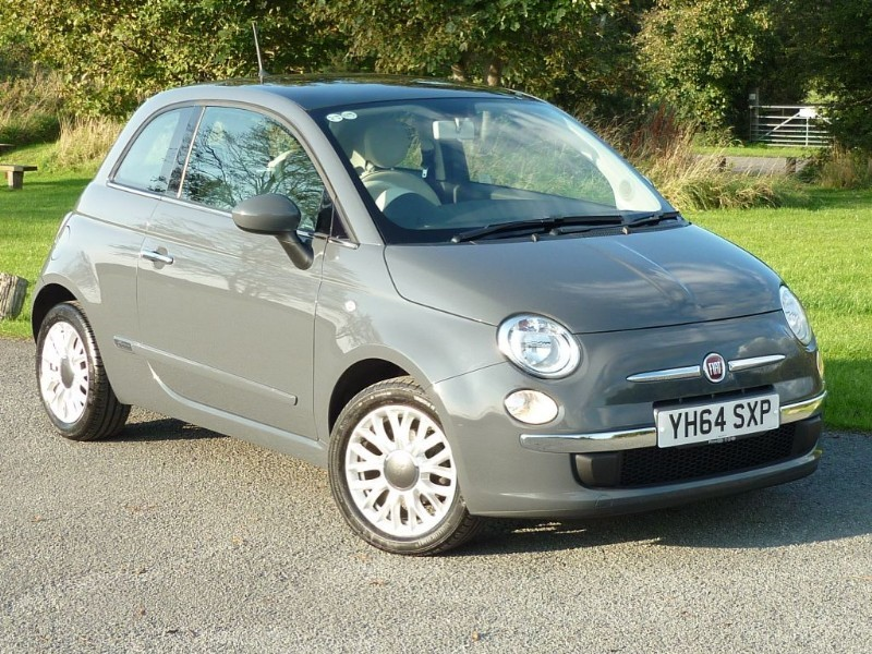 used Fiat 500 LOUNGE WITH 2 YEAR FREE SERVICING* in wirral-cheshire