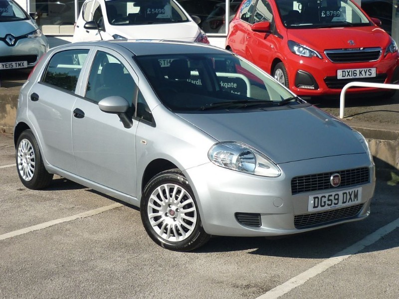 used Fiat Grande Punto ACTIVE 8V WITH 2 YEAR FREE SERVICING* in wirral-cheshire