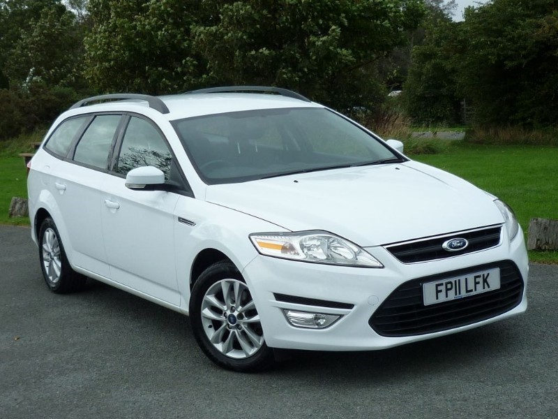 used Ford Mondeo ZETEC 2.0 TDCI ESTATE WITH 2 YEAR FREE SERVICING* in wirral-cheshire