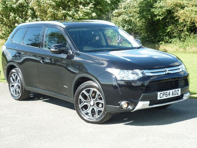 used Mitsubishi Outlander DI-D GX 3 [LEATHER] 7 SEAT WITH 2 YEAR FREE SERVICING* in wirral-cheshire