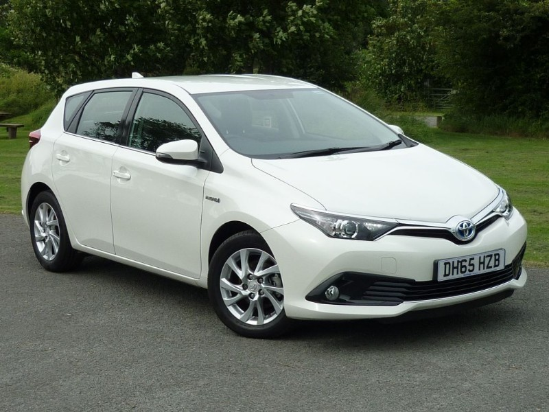 used Toyota Auris  ICON HYBRID AUTO  in wirral-cheshire