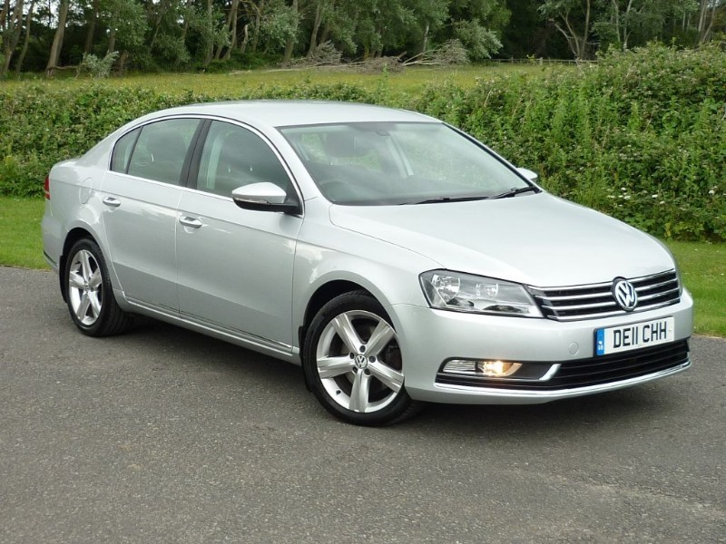 used VW Passat SE TDI BLUEMOTION TECHNOLOGY WITH 2 YEAR FREE SERVICING* in wirral-cheshire
