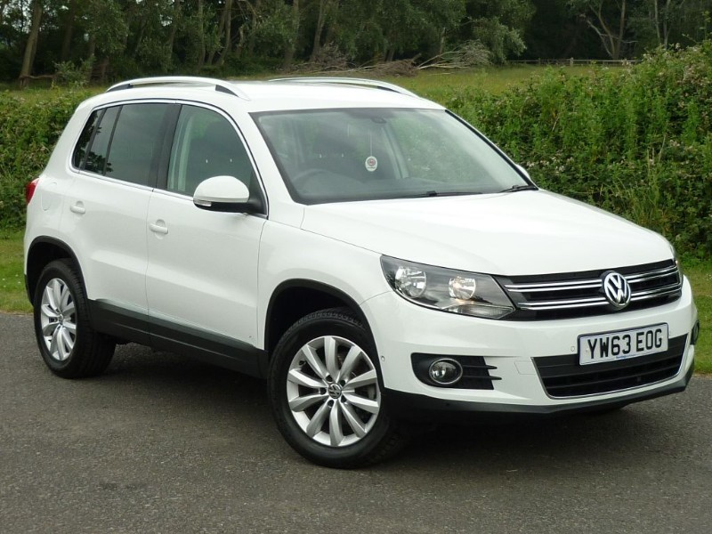 used VW Tiguan MATCH TDI BLUEMOTION TECH 4MOTION DSG WITH 2 YEARS FREE SERVICING* in wirral-cheshire