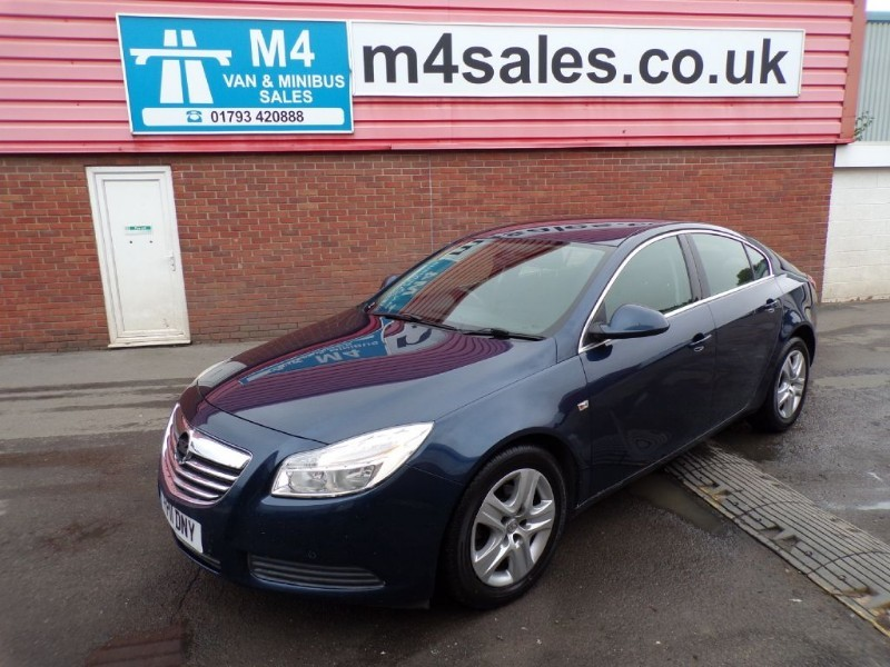 used Vauxhall Insignia EXCLUSIV CDTI in wiltshire