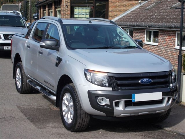 used Ford Ranger 3.2 TDCi Wildtrak Auto Doublecab - 13000 MILES - ONE OWNER in surrey-sussex