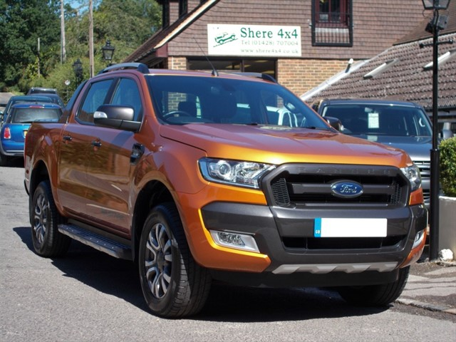 used Ford Ranger 3.2 TDCi Wildtrak Auto Doublecab - Roller Shutter in surrey-sussex