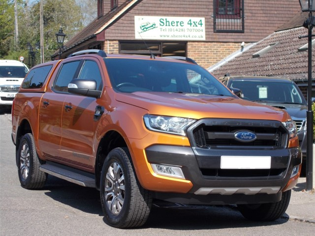 used Ford Ranger 3.2TDCi Wildtrak Auto Doublecab - WITH HARDTOP in surrey-sussex