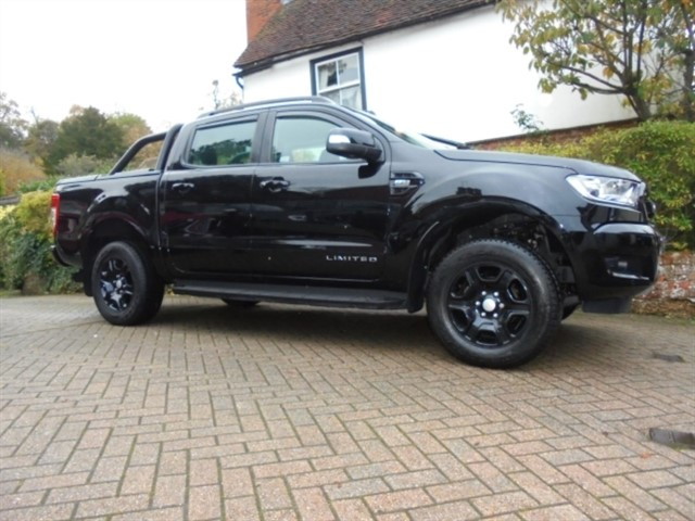 used Ford Ranger BLACK EDITION TDCI Auto Double cab Mountain top 8000 Miles in surrey-sussex