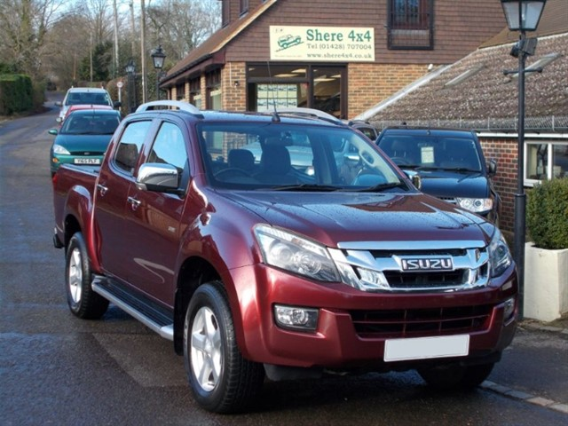 used Isuzu D-Max 2.5 TD Utah Vision Auto doublecab - ONE OWNER in surrey-sussex