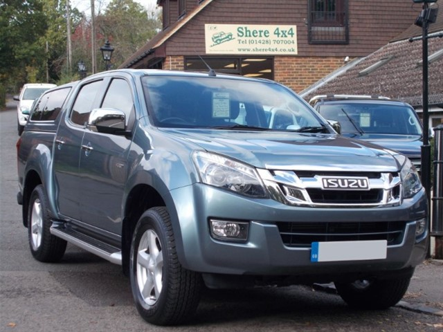 used Isuzu D-Max 2.5TD Yukon Vision Doublecab - WITh HARDTOP in surrey-sussex