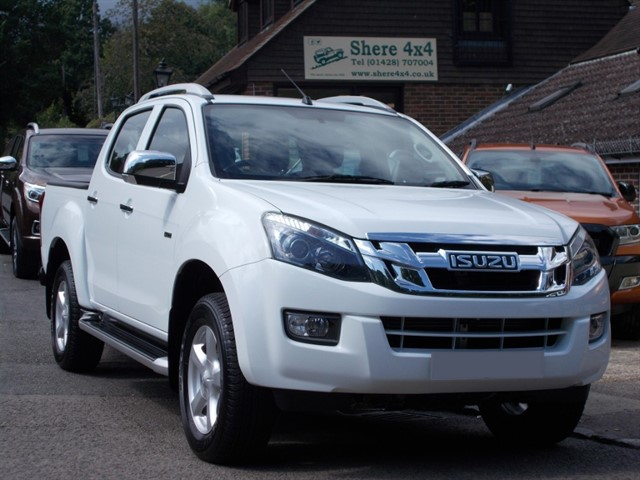 used Isuzu D-Max 2.5 TD Utah Doublecab - 18000 MILES ONLY in surrey-sussex