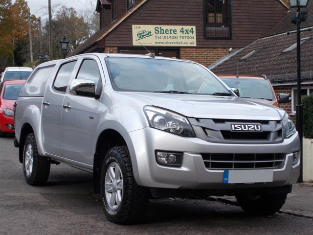 used Isuzu D-Max 2.5 TD Eiger Doublecab - NO VAT - WITH HARDTOP in surrey-sussex