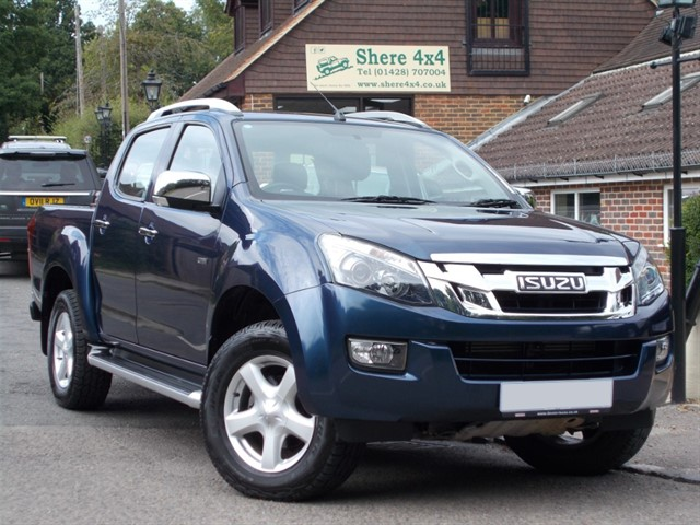 used Isuzu D-Max 2.5TD Utah Automatic Doublecab - Roller shutter in surrey-sussex