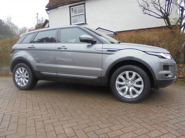 used Land Rover Range Rover Evoque SD4 4WD PURE TECH SAT/NAV FLRSH in surrey-sussex