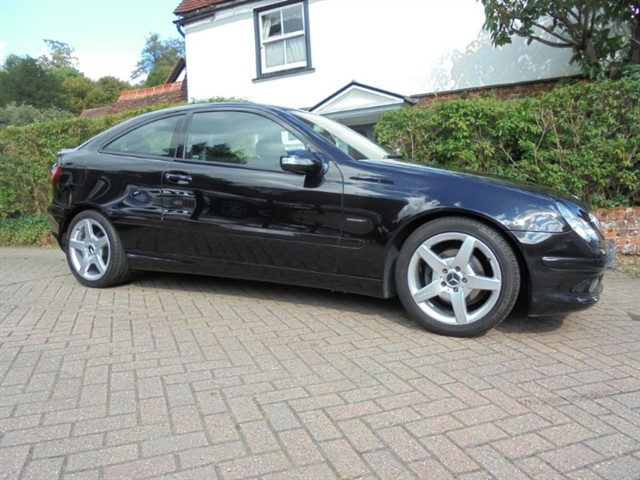 used Mercedes C180 KOMPRESSOR EVOLUTION S SPECIAL in surrey-sussex