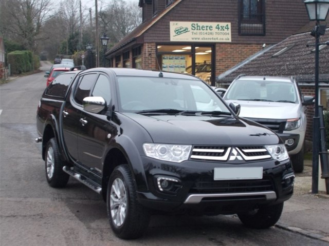 used Mitsubishi L200 2.5 DID Barbarian Doublecab - WITH HARDTOP - 17000 MILES in surrey-sussex
