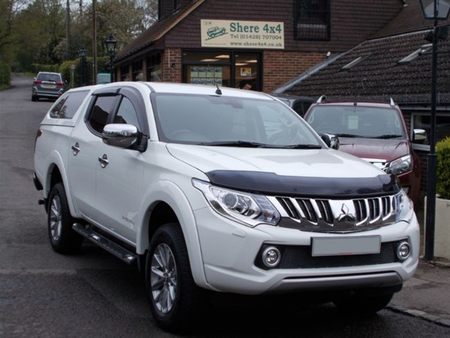 used Mitsubishi L200 2.4 DID Barbarian178 Doublecab - WITH HARDTOP in surrey-sussex