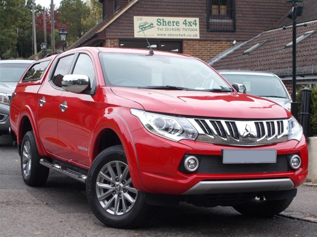 used Mitsubishi L200 2.4 DID Barbarian Doublecab Manual - WITH HARDTOP in surrey-sussex