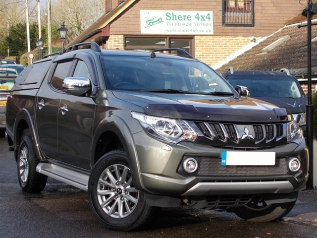 used Mitsubishi L200 2.4 DID Barbarian Automatic Doublecab - NO VAT - WITH HARDTOP in surrey-sussex