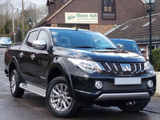 used Mitsubishi L200 2.4 DID Barbarian Doublecab - NO VAT TO PAY in surrey-sussex