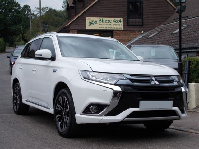 used Mitsubishi Outlander PHEV 2.0 Juro Commercial - 5000 MILES ONLY in surrey-sussex
