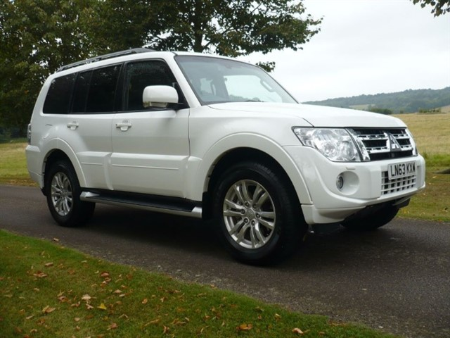 used Mitsubishi Shogun DI-DC SG3 Sat/nav R Camera in surrey-sussex