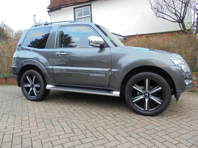 used Mitsubishi Shogun DI-D BARBARIAN SAT/NAV LEATHER    in surrey-sussex