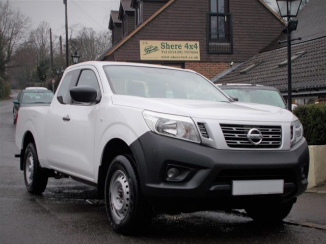 used Nissan Navara 2.3 DCi Visia KING CAB in surrey-sussex
