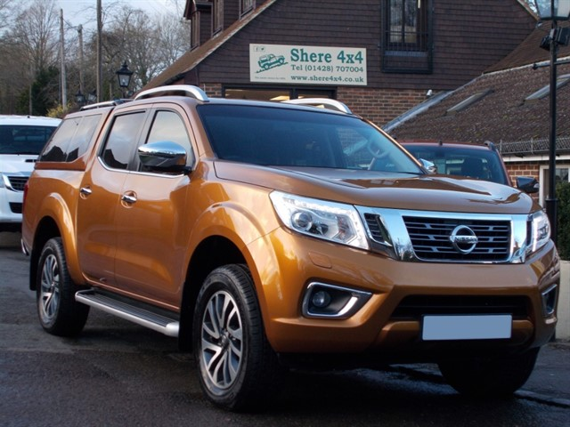used Nissan Navara NP300 2.3 DCi Tekna Auto Doublecab - WITH HARDTOP in surrey-sussex