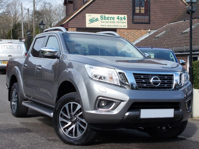 used Nissan Navara NP300 2.3 DCi Tekna Auto Doublecab - WITH ROLLER SHUTTER in surrey-sussex
