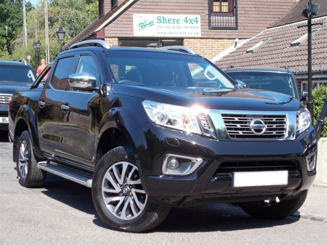 used Nissan Navara 2.3DCi Tekna Automatic Doublecab in surrey-sussex