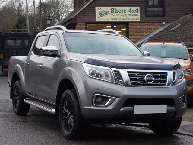 used Nissan Navara NP300 2.3 DCI Tekna Doublecab - NO VAT TO PAY in surrey-sussex