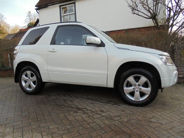 used Suzuki Grand Vitara SZ4 7 Suzuki services in surrey-sussex