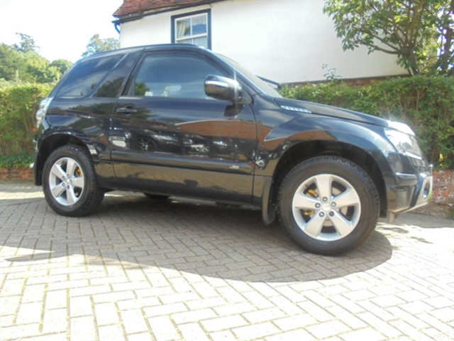 used Suzuki Grand Vitara SZ4 1 Owner 8 services in surrey-sussex