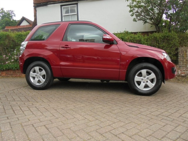 used Suzuki Grand Vitara SZ3 1 Owner Spare wheel model in surrey-sussex