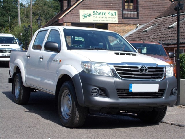 used Toyota Hilux 2.5 D4D Active Doublecab in surrey-sussex
