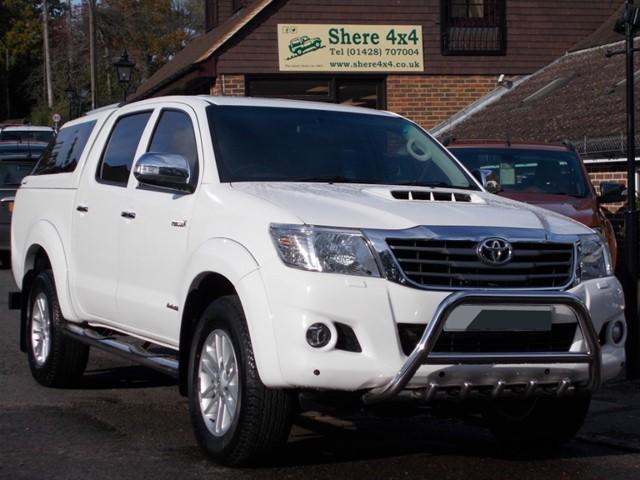 used Toyota Hilux 3.0 D4D Invincible Doublecab Auto - NO VAT - HARDTOP in surrey-sussex