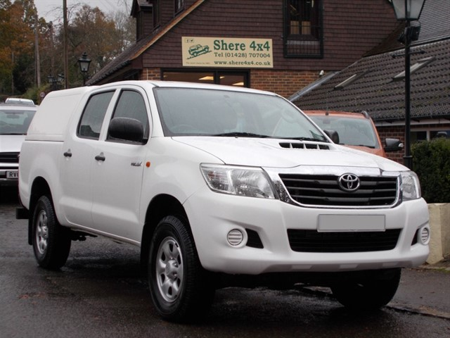 used Toyota Hilux 2.5 D4D HL2 Doublecab - WITH HARDTOP in surrey-sussex