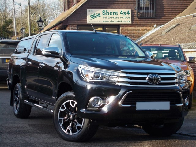 used Toyota Hilux 2.4 D4D Invincible X Auto Doublecab - WITH HARDTOP in surrey-sussex