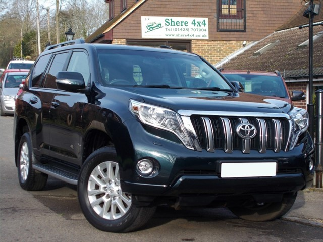 used Toyota Land Cruiser D-4D ICON SAT/NAV LEATHER 7 SEATS in surrey-sussex