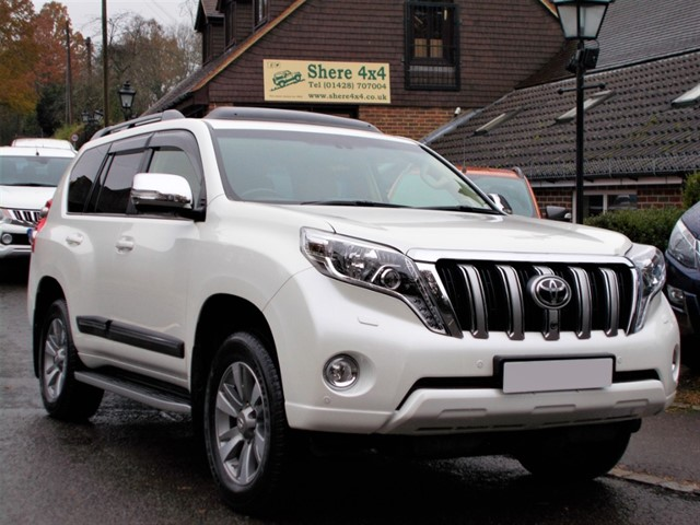 used Toyota Land Cruiser 3.0 D4D Invincible - 21000 MILES ONLY in surrey-sussex