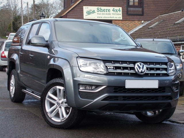 used VW Amarok 3.0 TDi V6 A33 224 Highline Doublecab - NO VAT TO PAY in surrey-sussex