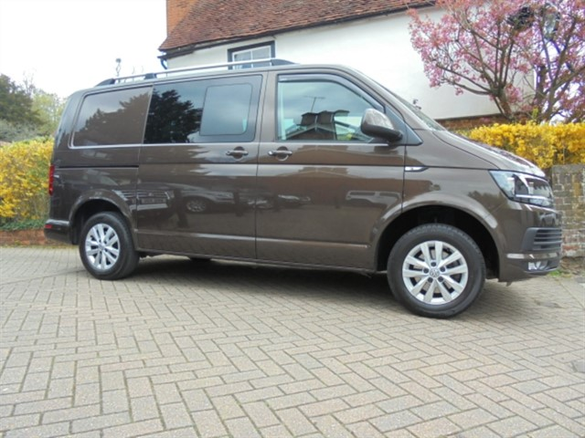 used VW Transporter T30 TDI KOMBI HIGHLINE BMT in surrey-sussex